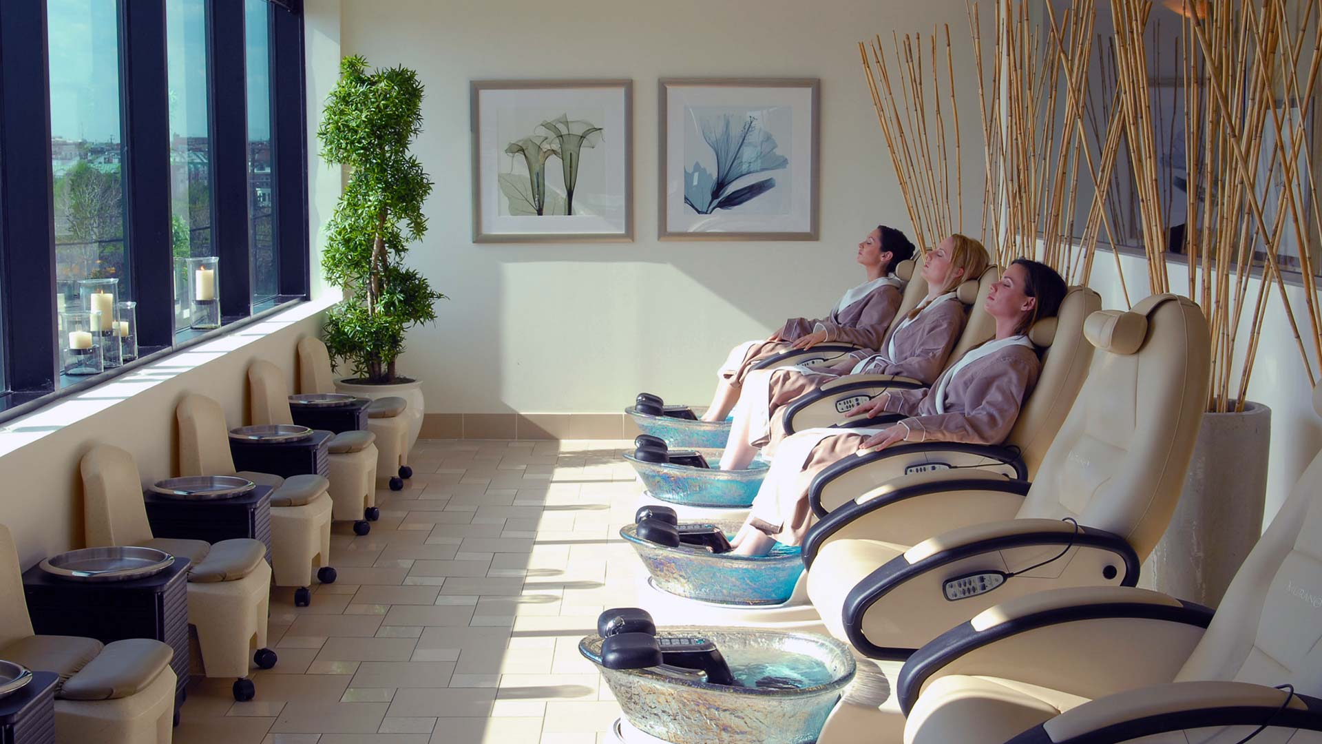 About Faces Day Spa